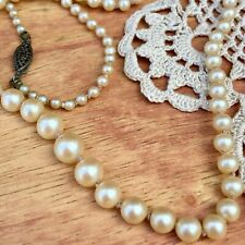 """Vtg Beaded Strand Tapered Faux Pearls Decorative Clasp Necklace. Circum 22 3/4"""""""