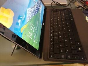Microsoft Surface Pro Win 8 tablet lcd 10.6 i5-3317u SSD 128 Gb RAM 4 Gb batt ok