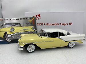 1/18 Danbury Acme 1957 Oldsmobile Super 88 Yellow White  RARE