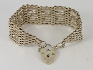 Vintage Gate Bracelet Sterling Silver Heart Padlock Clasp 925 29.3g Jc68