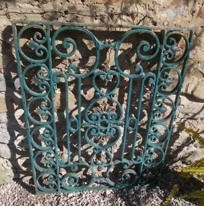 panel of solid Wrought Iron, intricate Scroll/leaf  Design, french, 71x90 cms