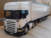 SCANIA R620 PLAIN WHITE CURTAINSIDE TRUCK & TRAILER DIECAST LORRY 1:50 CARARAMA