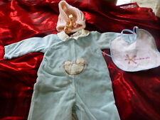 3piéces bébé  naissanceou  gros poupon====joli  bonnet tricoté neuf