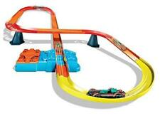 Hot Wheels Track Builder Unlimited Super-8 Kit with a 1:64 scale vehicles 3