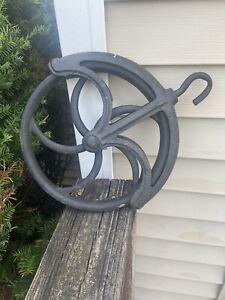 Antique Vintage Cast Iron Well Pulley Old Farm Wheel Barn Farmhouse Industrial
