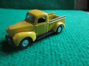 JOHNNY LIGHTNING FORD PICK UP TRUCK (1:64 SCALE) LOT W44