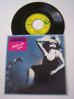 SP 2 TITRES VINYLE 45 T , SCORPIONS , BELIEVE IN LOVE . VG - / EX  .