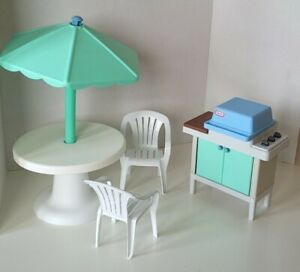 Little Tikes Big Dollhouse Patio Chairs and grill RARE Barbie Size 1993 WHITE