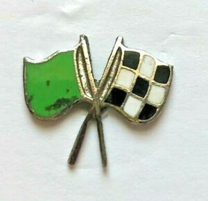 """hat pin - """" 1950s """" CROSSED GREEN & CHECKERED FLAGS hat/lapel PIN/RARE and OLD"""