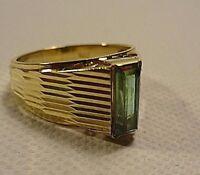Wunderschöner Ring 585 14 Karat Gelbgold mit einem Turmalin,  5,10 Gramm