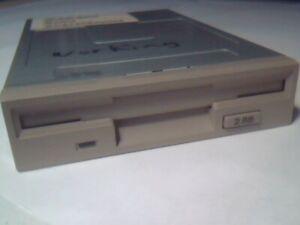 """DEC RX26-AA B03 3.5"""" 2.88MB Floppy Drive FDD BEIGE faceplate MFD-40W-9E"""