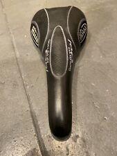 Selle Italia Flite GEL Saddle    Bike Seat   Black/blue