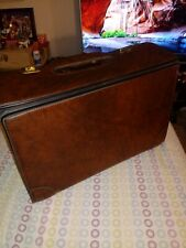 Vintag PEGASUS Brown LEATHER SALESMAN  Briefcase