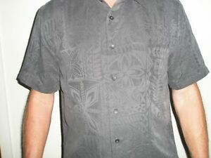 Quiksilver men's dark grey/charcoal patterned casual ss shirt size medium