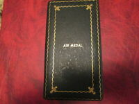 WWII Air Medal empty Genuine vintage heavy metal Single Line case box  SPECIAL