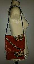 VINTAGE CARPET BAGS ENGLAND SHOULDER BAG THICK WOOL FLORAL MAROON