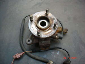 Nissan Micra K11 L/H/F Front Hub with ABS and new wheel bearings