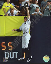 Aaron Judge Game 3 2017 ALDS Catch Against the Wall 8x10 Photo