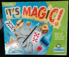 FAMILY IT'S MAGIC 200 TRICKS FOR BUDDING MAGICIANS - NEW WITH INSTRUCTIONS