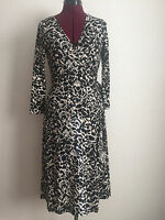 BCBG Max Azria Black White Print Stretch Wrap Dress Sz S