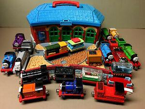 Thomas The Tank Engine & Friends GULLANE 22-Die Cast Engines & Cars Plus Station