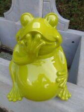 statue d une grenouille verte laquée, grenouille de collection , modèle assise .