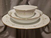 Noritake Courtney 6520 Gravy Bowl, Large Serving Dish, Serving Bowl Gold Trim