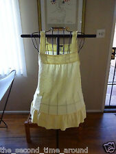 Lily White super cute yellow knit top with ruffled bottom hem size juniors med