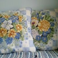 Beautifull Pair of Corded Embroidered  Floral Pillows - Very Well Made- Detailed