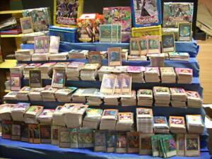 Yu Gi Oh Lotto Blocco 200 Carte varie rarità in Italiano vedi descrizione