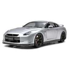 TAMIYA 24300 Nissan GT-R 1:24 Car Model Kit