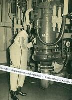 Karlsruhe - Kernreaktor - Forschungszentrum - Pumpenraum - um 1960     T 16-16