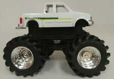 OFFICIAL LICENSED JOHN DEERE White Pick Up MONSTER TREADS TRUCK w/ Muddy Tires