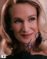 Kelly Lynch Hand Signed Autographed 8x10 Photo Pretty Eyes Smile GA 742600