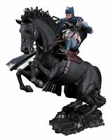 DC Comics Statue Batman Dark Knight Returns Call To Arms Collectible Figure