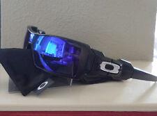 "NWOT Authentic Oakley Polarized Oil Rig Sunglasses Black / Blue w/ White ""O"""
