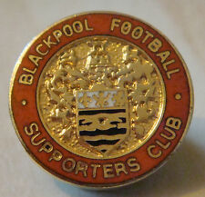 BLACKPOOL FC Vintage SUPPORTERS CLUB badge Brooch pin In gilt 22mm Dia