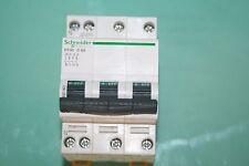 Disjoncteur  Schneider Electric DT40 C6 A type C A9N21063 21063