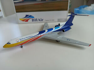 Herpa 554046 Balkan Holidays BHAir Tupolev 154 1:200 model LZ-HMW