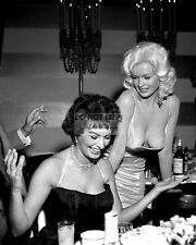 SOPHIA LOREN & JAYNE MANSFIELD AT PARTY IN 1957- 8X10 PUBLICITY PHOTO (BB-894)