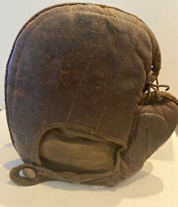 SCARCE c. 1890-1910 BASEBALL REACH BASEMAN's MITT W/REACH BRASS BUTTON~LACED WEB