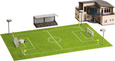 NOCH 66830 Spur H0 Fußballplatz mit Vereinsheim microsound Tribüne und Flutlicht