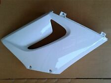 Honda CBR 125R  Front Right Cover Middle Fairing Panel ROSS WHITE 2004-07