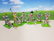 Britains Third Series Semi-Swoppet Foot Knights (lot 2793)