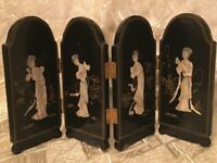 Vintage Japanese screen of wood and mother of pearl, nacre Geisha. Hand Carved