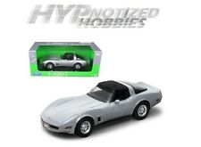 WELLY 1:18 1982 CHEVROLET CORVETTE HT DIE-CAST SILVER 12546W-SIL