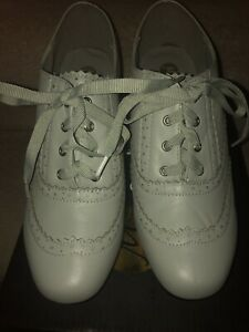 GreY Leather Shoes SIZE 7. EUR 40