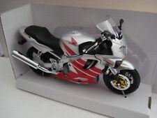 Honda CBR 600 F 4 Silver Newray 1:12