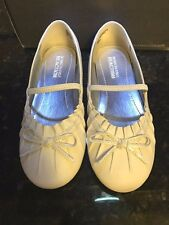 Shoes Kenneth Cole Reaction White Leather Flats NEW Childs Size 11 M
