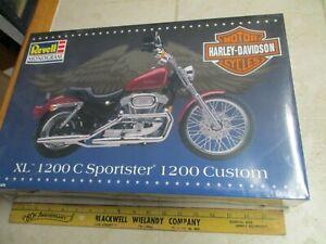 Revell Monogram Harley Davidson XL 1200C Sportster 1/8 Motorcycle Model Kit New